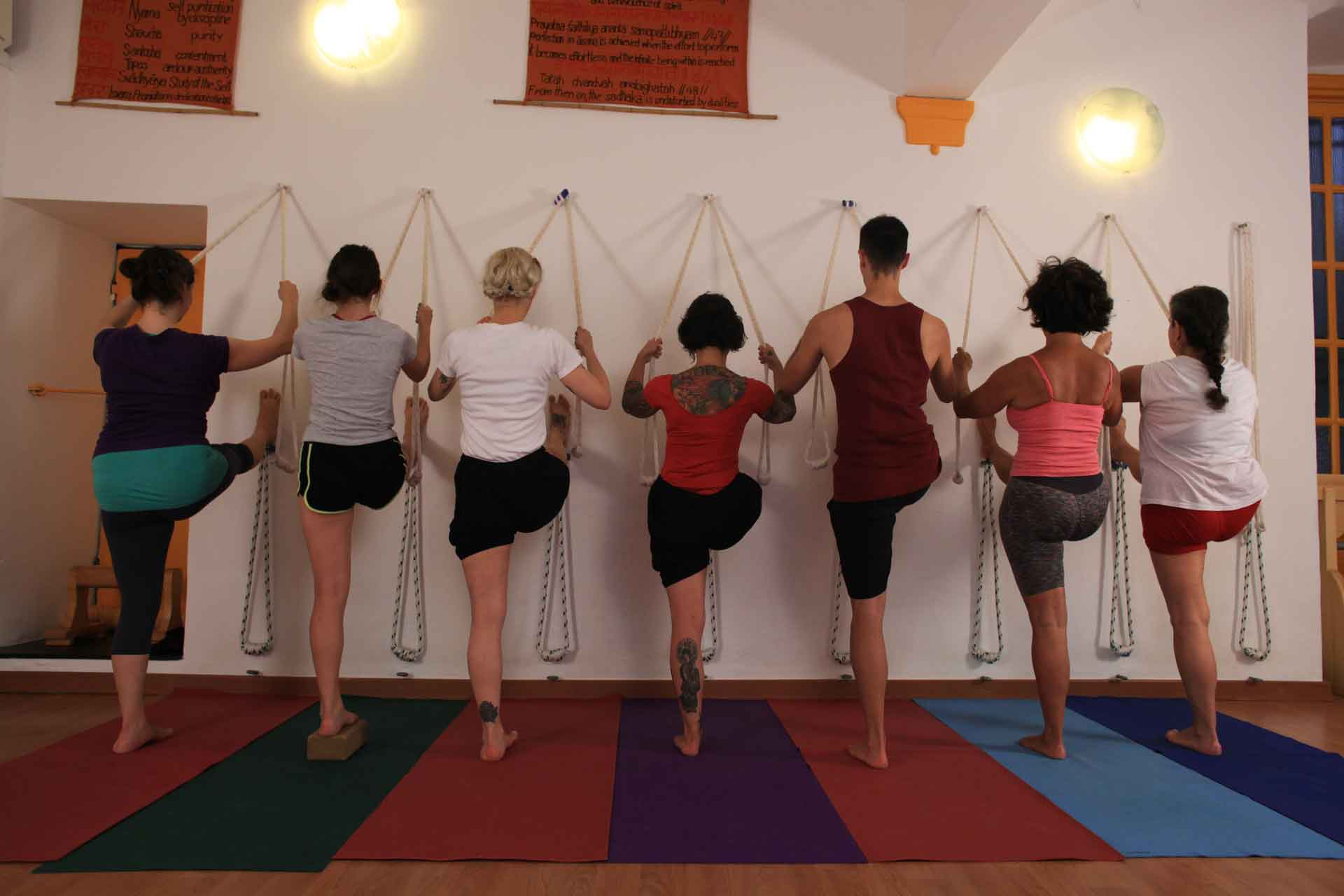 Tailor-made yoga courses in our yoga school in Genoa